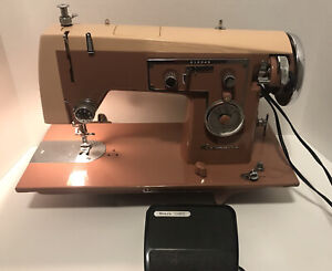 VINTAGE SEARS KENMORE SEWING MACHINE WITH FOOT PEDAL MODEL 1120 VERY NICE $95.00