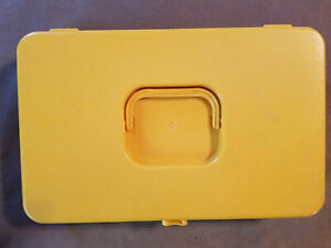 VINTAGE SEWING THREAD BOX Dark Yellow Plastic With Carry Handle $16.00