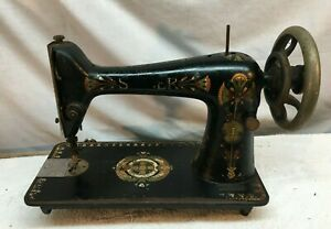 VINTAGE ANTIQUE 1900s SINGER CAST IRON INDUSTRIAL SEWING MACHINE HEAD ONLY $90.00