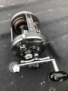 daiwa baitcasting reel right hand used In Very Good Condition