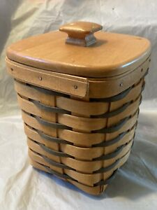 1998 Longaberger Heartland Spoon Basket with Plastic Liner and Lid $20.00