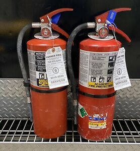 SET OF (2) REFURBISHED 10lb ABC FIRE EXTINGUISHER CERTIFIED TAG  (SCRATCHDIRTY)