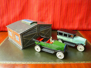 rare 1930 tin wind up garage w open tourer
