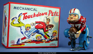 touchdown pete mechanical football player