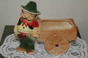 VINTAGE.....ITALIAN MAN PULLING A CART TO MARKET...DECORATIVE....PLANTER