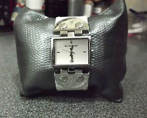 "LNC* MICHAEL KORS MK4133; RECTANGULAR DIAL; 1"" WHITE LEATHER BRACELET WATCH $160"