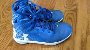 Boys under armour high tops size 1.5 youth