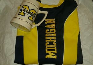 Michigan Nike Fit Dry Short Sleeve Shirt Mens XL wMichigan Beer Stein
