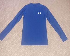 Under Armour HG long sleeve blue fitted shirt for boys size Youth Small EUC