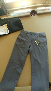 New with tags Nike mens grey stay cool dry fit golf pants size 32w 32L