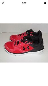 New Boys 7 Youth UNDER ARMOUR BGS Micro G Velocity Rn Sneakers Red Black Nib