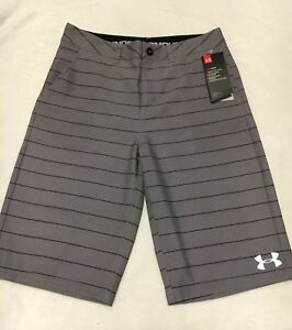 NWT Under Armour Boys Golf Shorts Grey Stripe youth size 16 retail $50