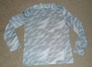 Boys Extra Large XL YXL ColdGea Under Armour UA Fitted Base Layer Athletic Shirt