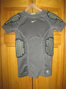 Nike Pro Combat Dri-Fit padded football shirt kids boys L gray