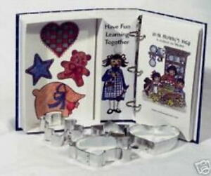 2 Ann Clark ~ WITH MOMMY'S HELP - COOKIE CUTTERS With COOKBOOK (NEW)  SALE!