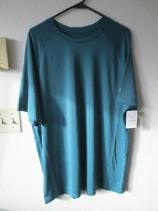 NWT MEN'S Size XL  CHAMPION DUO DRY FIT GREEN SHORT SLEEVE SHIRT