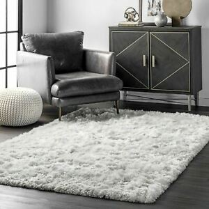 nuLOOM Handmade Contemporary Modern Silky Shag Area Rug in Solid White $47.99