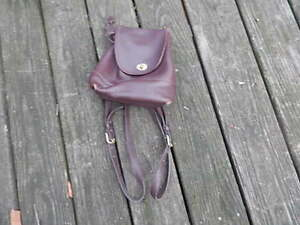 VINTAGE WOMEN'S BROWN LEATHER COACH DRAWSTRING DAYPACK BACKPACK INTERNATNAL SALE