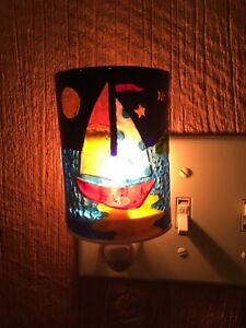 Night Light Stained Glass Sailboat Nautical Ocean Plug In Decor Moon Stars