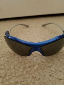 Under Armour Streaker Sunglasses blue and grey frame