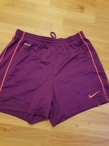 NIKE DRI FIT SHORTS WOMEN#x27;S SIZE SMALL EXCELLENT CONDITION $10.00