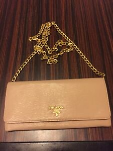 Prada wallet on chain nude