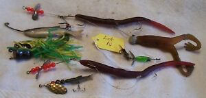 7 OLD LURES 08 24 18POTS LOT N