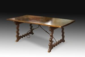 """Walnut """"lyre legs"""" table with wrought iron fasteners. Spain Castille 17th"""