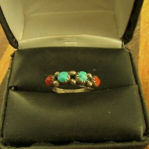 VINTAGE  SOUTHWEST  CARVED  TURQUOISE  &  CORAL  RING  SIZE  6.5  STERLING