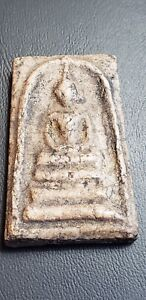 ANTIQUE SOMDEJ BUDDHIST TEMPLE AMULET FROM THAILAND