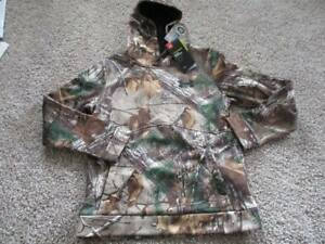 BNWT Under Armour Realtree Logo camo boys hoodie Size YL Style 1286119 $59.99