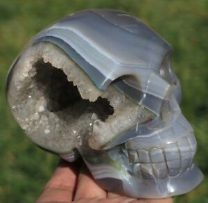 103mm 1LB 6.4OZ Fantastic Natural Geode Agate Quartz Crystal Carving Art Skull