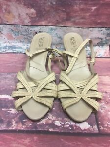 Vintage Marcello Non Slip Heels Tan Color 3007 9 Hand Made In Italy $32.00