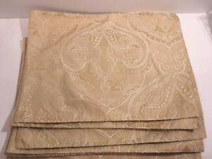 Target Classic Tidings Placemats Set of 6 Christmas 2008 Beige White Paisley