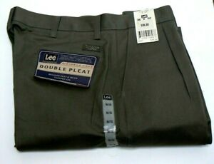 Lee Mens double pleat relaxed fit wrinkle free olive cotton pants NWT 36-32
