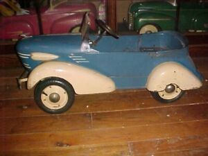 1938 Skippy Shark Nose Graham 2 Speed Rear End With Air Up Tires Excellent