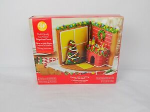 NEW Wilton Build it Yourself Tasty Gingerbread Cozy Fireplace House Scene