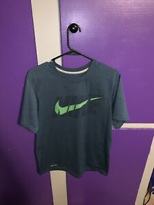 Lot Of 2 Nike Shirts. Size Adult Small And Medium $8.00