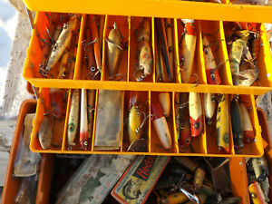 Sporting Collection Unique Vintage Fishing Lures Rivers Lakes Christmas Bargain