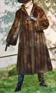 Full Length Russian Sable Fur Coat. Very well kept. ORIGINAL PRICE $130000.00