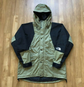 The North Face Vintage Gore-Tex Mountain Light Jacket XL Tumbleweed
