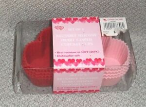 8 Silicone Baking Cups HEART SHAPE for Valentine#x27;s Day 2.5 x 2 inches