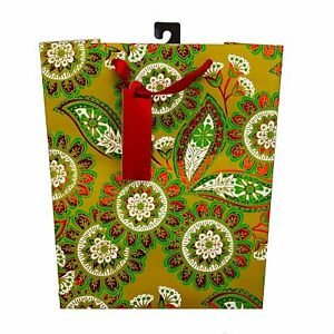 The Gift Wrap Company 12 Count Xmas Gift Bags Medium Festive Garland... $12.97