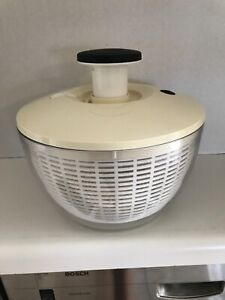 Large OXO Soft Works Good Grips Salad Spinner 10