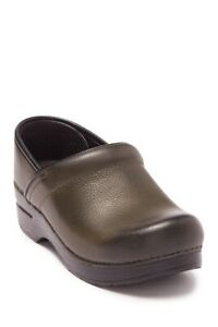 Dansko Women#x27;s Professional Brown Burnished Nubuck Leather Clogs Nursing Shoes