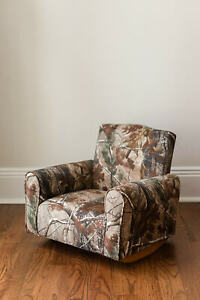 New Hand Made Upholstered Childs Rocker Chair Toddler 5 amp; Under Camo $89.99