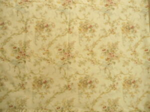 Twin Size Ralph Lauren Flat Top Sheet in Beautiful Floral with Ribbon Bows