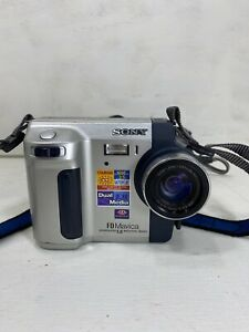 SONY MAVICA MVC FD92 MPEG MOVIE DUAL MEDIA 16X Camera With Charger TESTED
