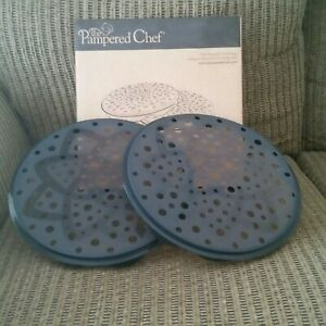 Pampered Chef Microwave Chip Maker (Set of 2 trays) Great Condition