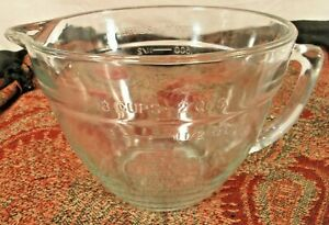 Anchor Hocking 2 Qt / 8 cup / 2 Liters Glass Mixing Measuring Batter Bowl